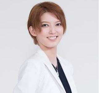 カレンダー カレンダー 2015 2016 : 朝夏まなとさんが宝塚・宙組 ...